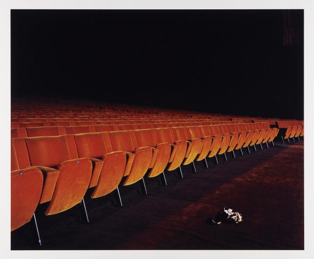 """Carlos Lobo, """"# untitled 13"""" (da série """"Interior""""), 2006. Impressão lambda sobre Fuji archival matte paper colado em PVC. Coleção Moderna"""
