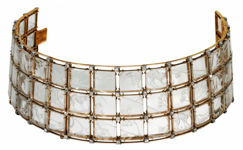 """René Lalique, Gargantilha """"Gatos"""", c. 1906-1908. Cristal de rocha, ouro e diamantes. Coleção do Fundador"""