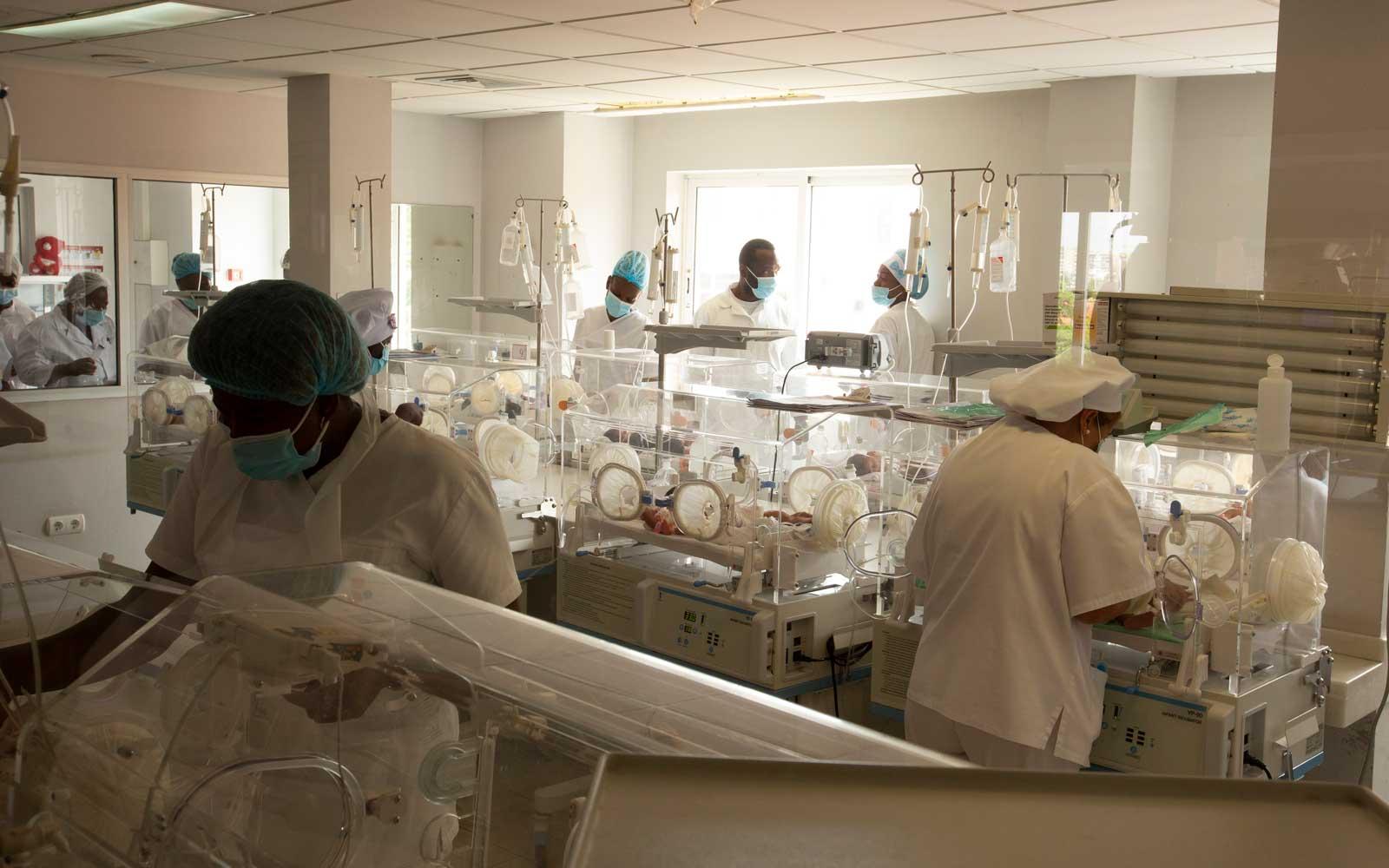 Maternidade Lucrécia Paim, Luanda © DR